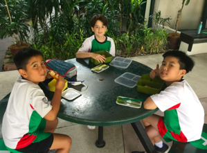 Year 5 eating lunch