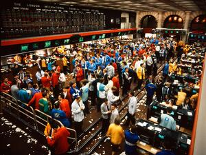 LIFFE TRADING FLOOR AT THE ROYAL EXCHANGE, PHOTO CREDIT: HTTP://WWW.THEROYALEXCHANGE.CO.UK/HERITAGE/