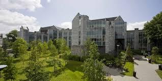 Applying to... University in Ireland ☘️